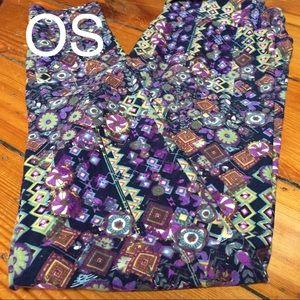 Awesome boho spring colors Lularoe OS leggings!
